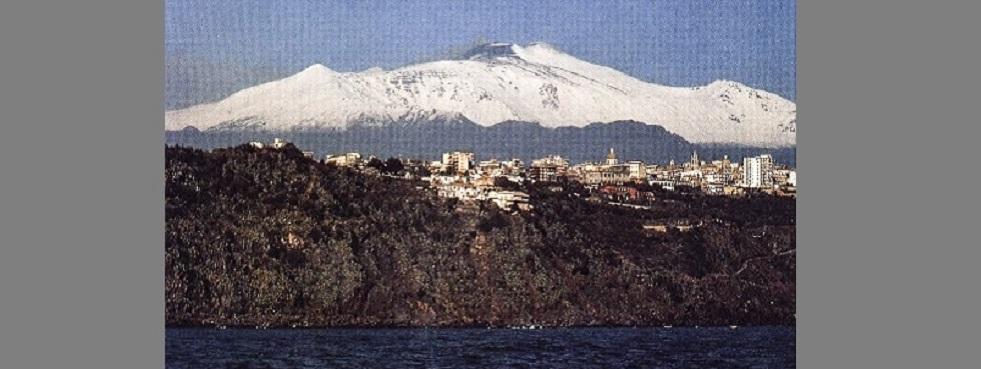 Mare, città ed Etna